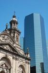 Cathedrale de Santiago, le choc des epoques. Oud en nieuw in een oog opslag.