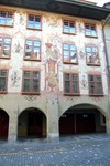 Mooie beschilderden gevels in Bern.