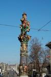 La fameuse fontaine de l'Ogre à Berne.  Eén van de vele fontainen in Bern.