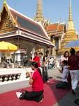 Le temple de Wat Phra Kaeo est avant tout un lieu de pèlerinage