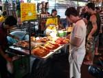 Manger n'est jamais un problème en Thailande